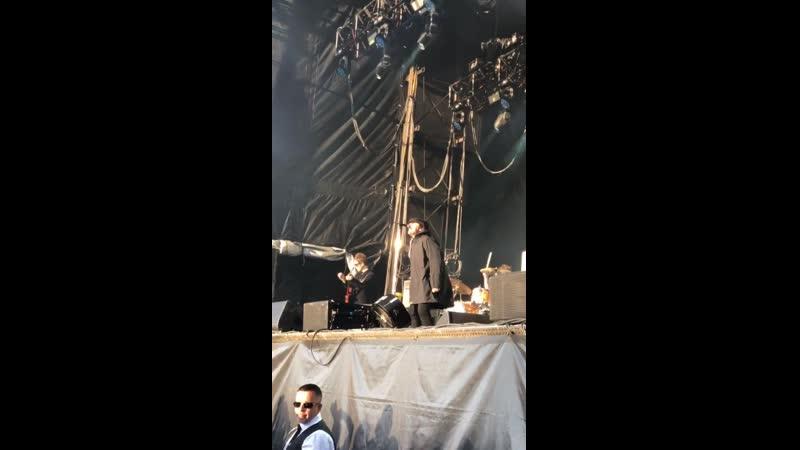 Finn Cole insta story 14 09 19 @finn cole 2 Peaky Blinders Festival Liam Gallagher