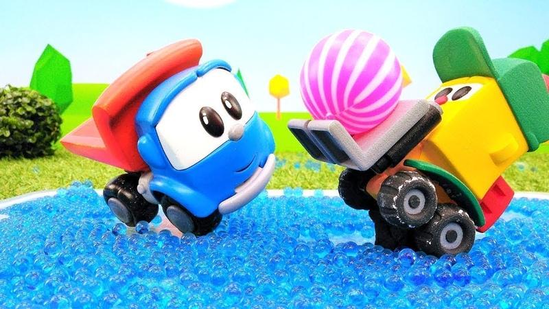 Araba oyunları. Küçük kamyon Leo arabalarla futbol ve hokey oynuyor! Çocuklar için video