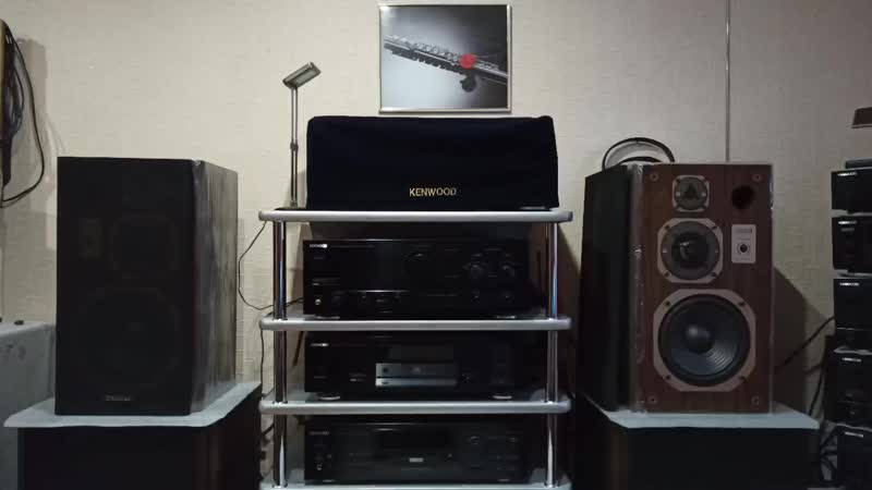 Def Leppard and Onkyo HDC 1L Kenwood KA 7090R = Coral DX 3