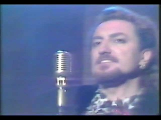 """Tino Casal canta """"Eloise"""" en el programa """"Viaje con nosotros"""" (TVE 1988)"""