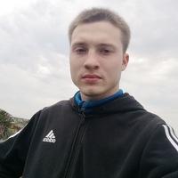 Денис Заварухин