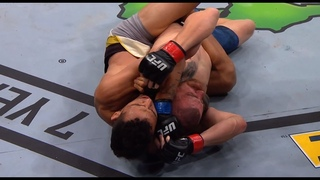 Top Finishes: Charles Oliveira