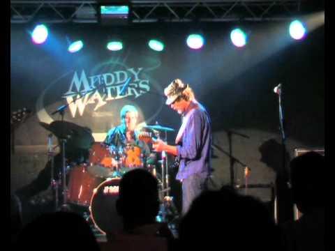 Tolo Marton playing a Jimi Hendrix's song Hey Baby