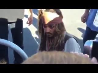 Captain Jack and little fans