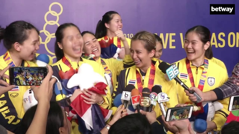 สุดจัด 🏆 ทีมแบดมินตันหญิงไทยครองแชมป์