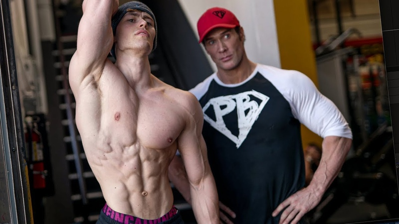 Тренировка грудных с Майком Охерном Дэвид Лейд