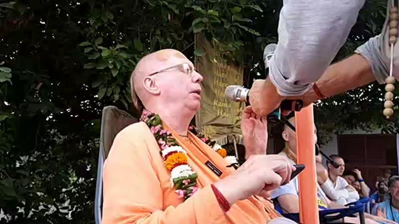 8 ноября Враджа мандала парикрама Говардхан парикрама 6 стоянка Храм Радха Говинда на Говинда к