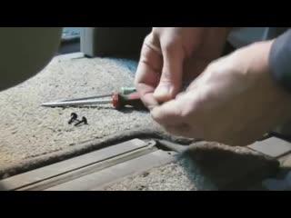 Как избавиться от стука на кочках в салоне