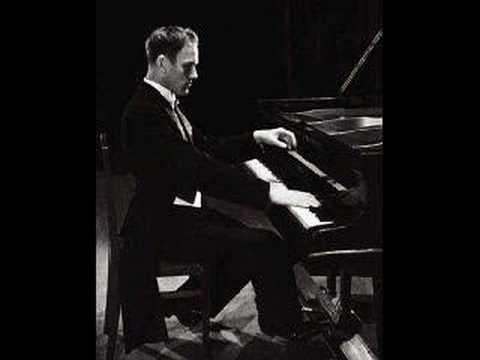 Sviatoslav Richter plays Ravel Pavane