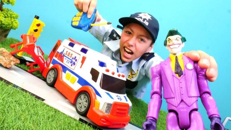 Joker ambulans arabasını kaçırıp tutuklanıyor Polis oyunları