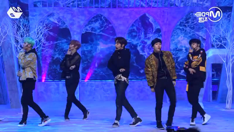 Mirrored MCND Ice Age dance