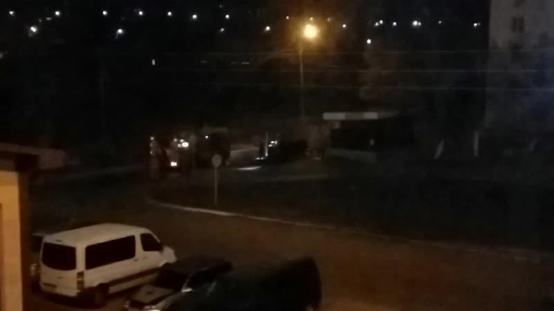 И снова наступила дымовуха в мусорном баке возле нашего квартирного дома 23 02 2020