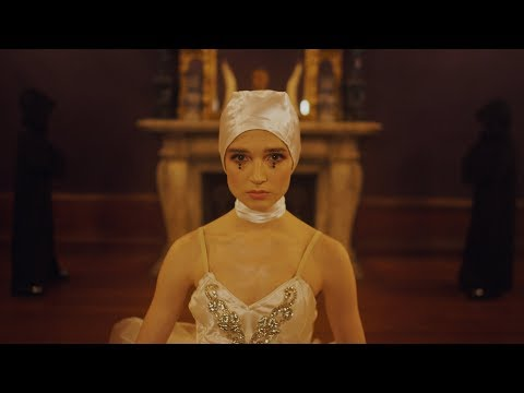 Poppy - Scary Mask ft. FEVER 333 (Official Music Video)