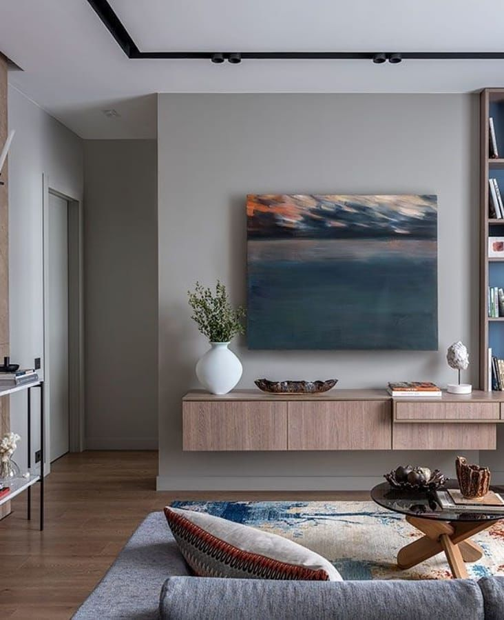Уютная гостиная с рабочей зоной от Дарьи Луковниковой и Алены Мышкиной