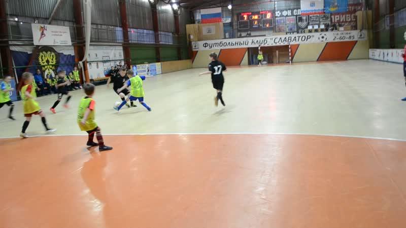 Первая выездная игра в Лодейном Поле-15.12.19 (Славатор-2011 - Ладога-2012)