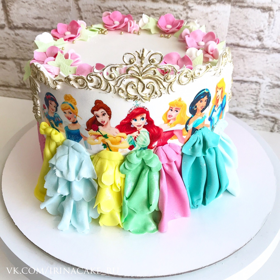 Торт для девочки с принцессами (Арт. 487)