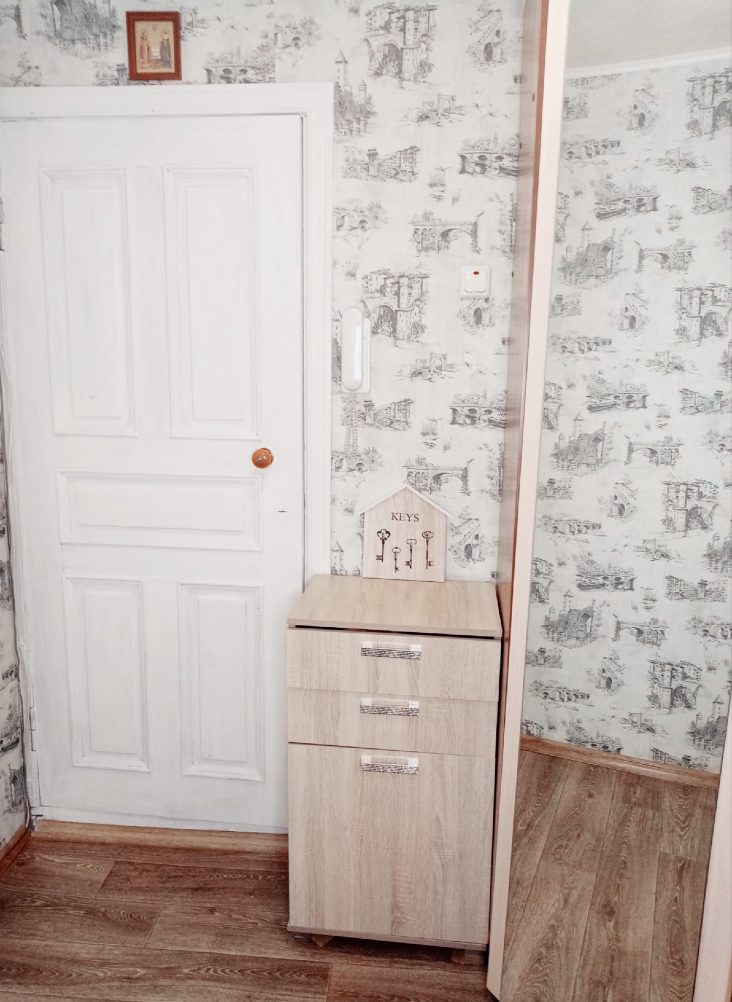 Продаётся двухкомнатная квартира в | Объявления Орска и Новотроицка №5004