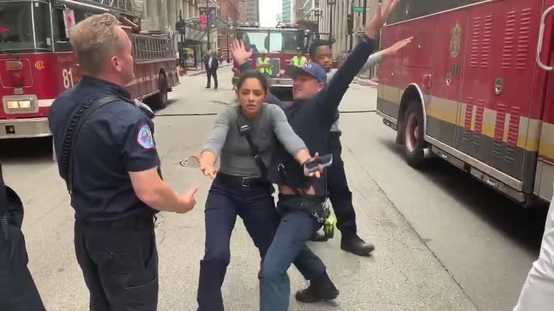 Танцы Пожарных Чикаго В перерыве между съёмками