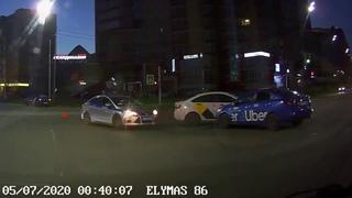 ДТП  с пострадавшим между Uber vs. Yandex