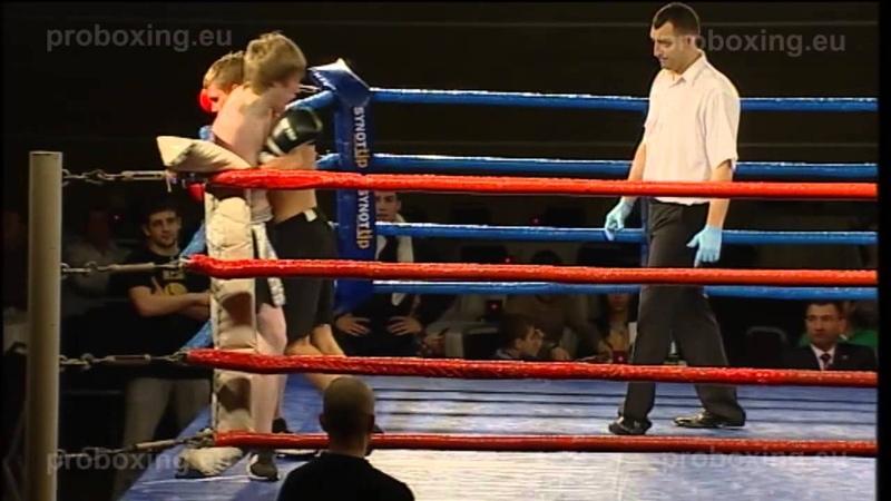 Markko Moisar (EST) -60,8 kg. VS Vjačeslavs Kopačs (LAT) – 63,2 kg. Magadan Fights 27.12.2014
