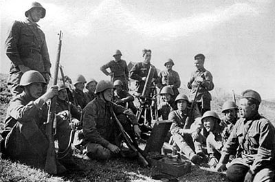 В этот день 76 лет назад войска 3-го Белорусского фронта, сломив сопротивление противника, форсировали реки Дайме и Прегель и овладели городами Лабиау и Велау