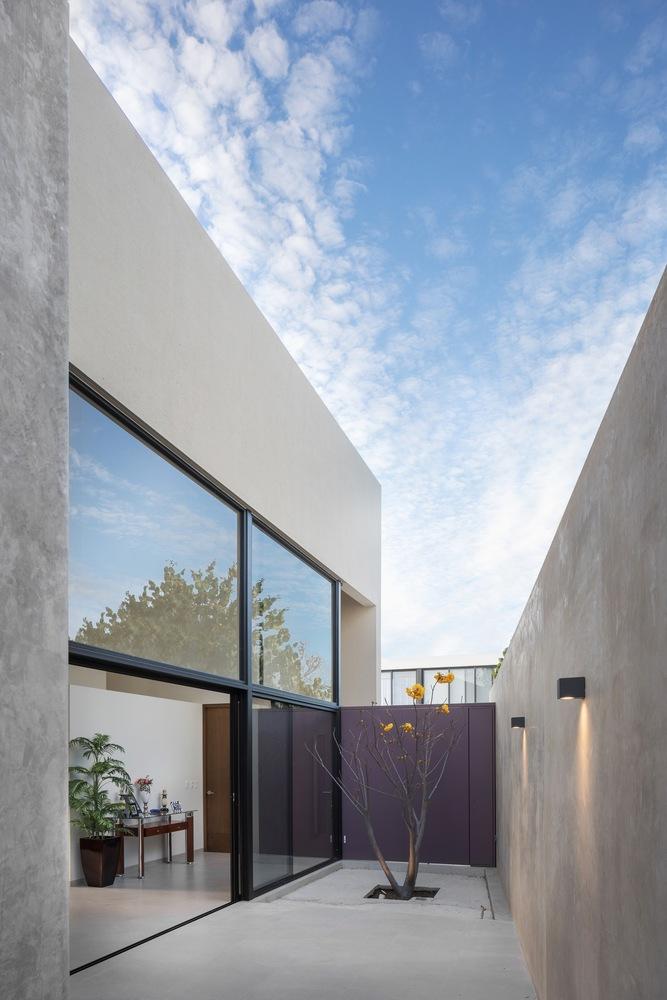 Ruiz House / LR Arquitectura