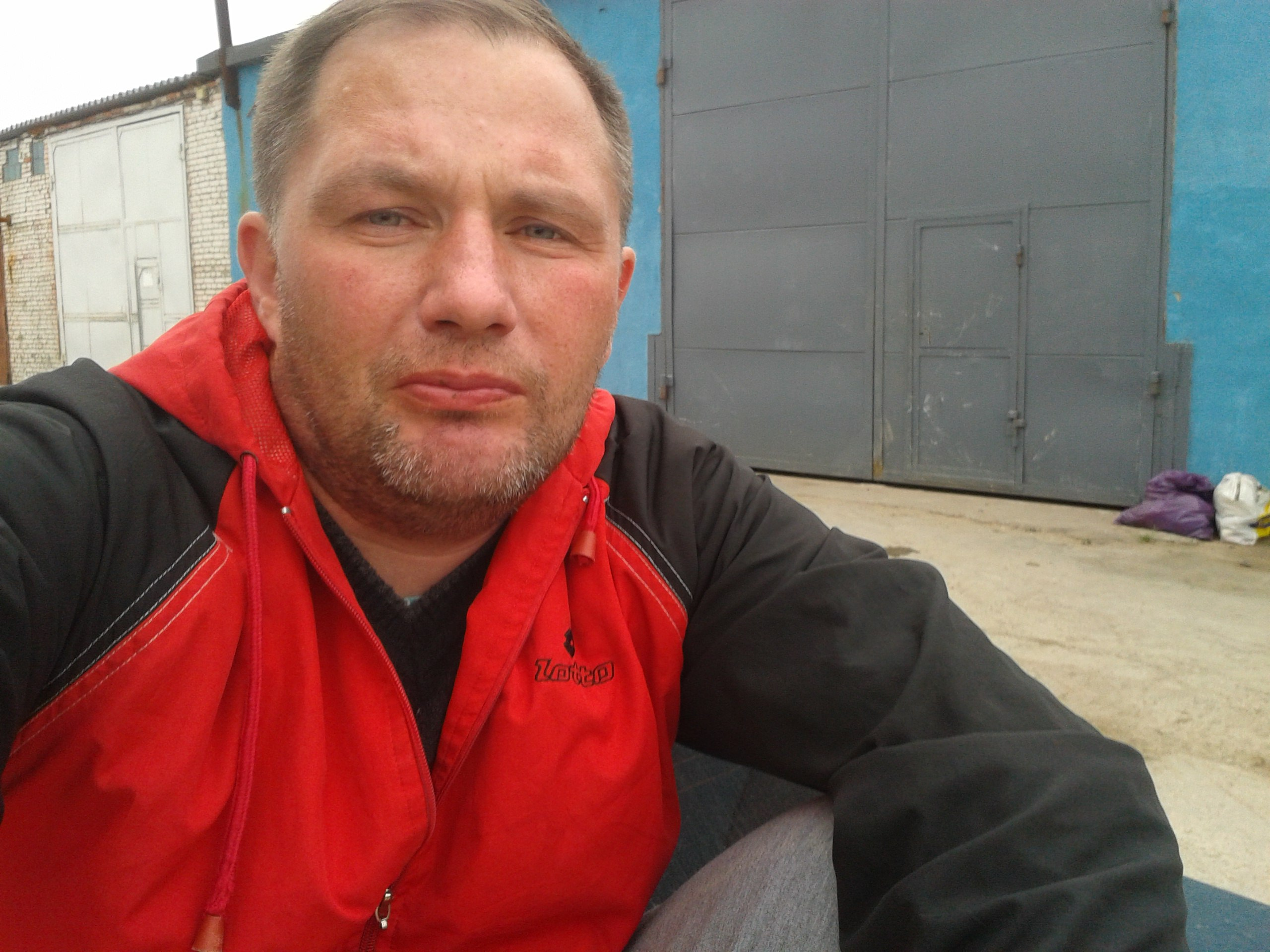 Анатолий, 42, Sosnovyy Bor