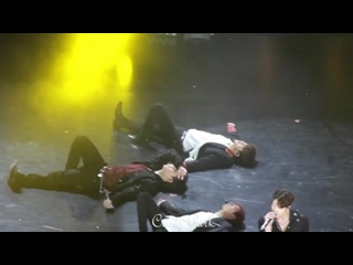 [FANCAM:PERF] 180119 GOT7 - You Are (Jinyoung Focus) @ «V Live Year End Party 2017» в Хошимине, Вьетнам.