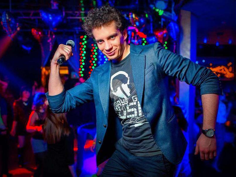 Ночной клуб в москве требуется фитнес клуб в москве бассейном