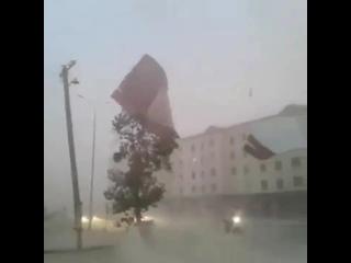 Мощный шквал в Нукусе (Узбекистан, 14 июня 2019)