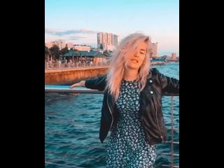 Анна Корнильева (AKVA) - Владивосток 2000 (Мумий троль, cover)