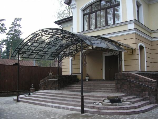 Кованые перила на улицу в Ставрополе