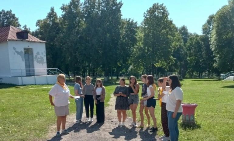 В детском лагере имени Аркадия Гайдара Петровского района началась третья смена летнего отдыха
