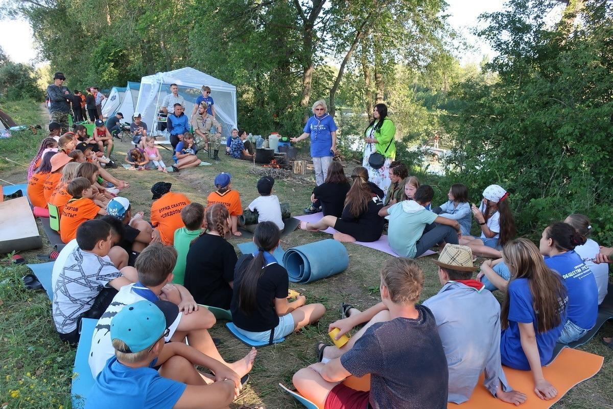 Петровские скауты участвуют в походе команды проекта «Оплот успеха»