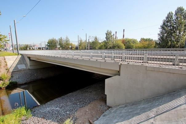 ещё, отмечу, фото моста в гранитное еще доспела