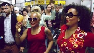 """Флешмоб """"марширующих"""" оркестров в Международном аэропорту Сочи"""