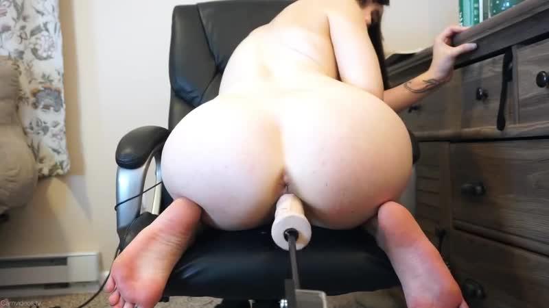 Solo Big Tits Oil Dildo