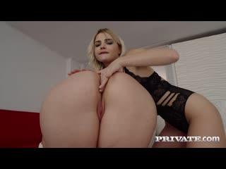 Парень трахает худую блондинку и толстую девушку, ЖМЖ group sex porn lesbian lgbt fuck chubby thick girl tit ass (Hot&Horny)