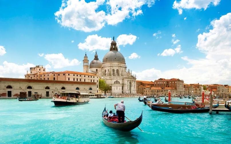 Топ стран в которые приезжает больше всего туристов, изображение №9