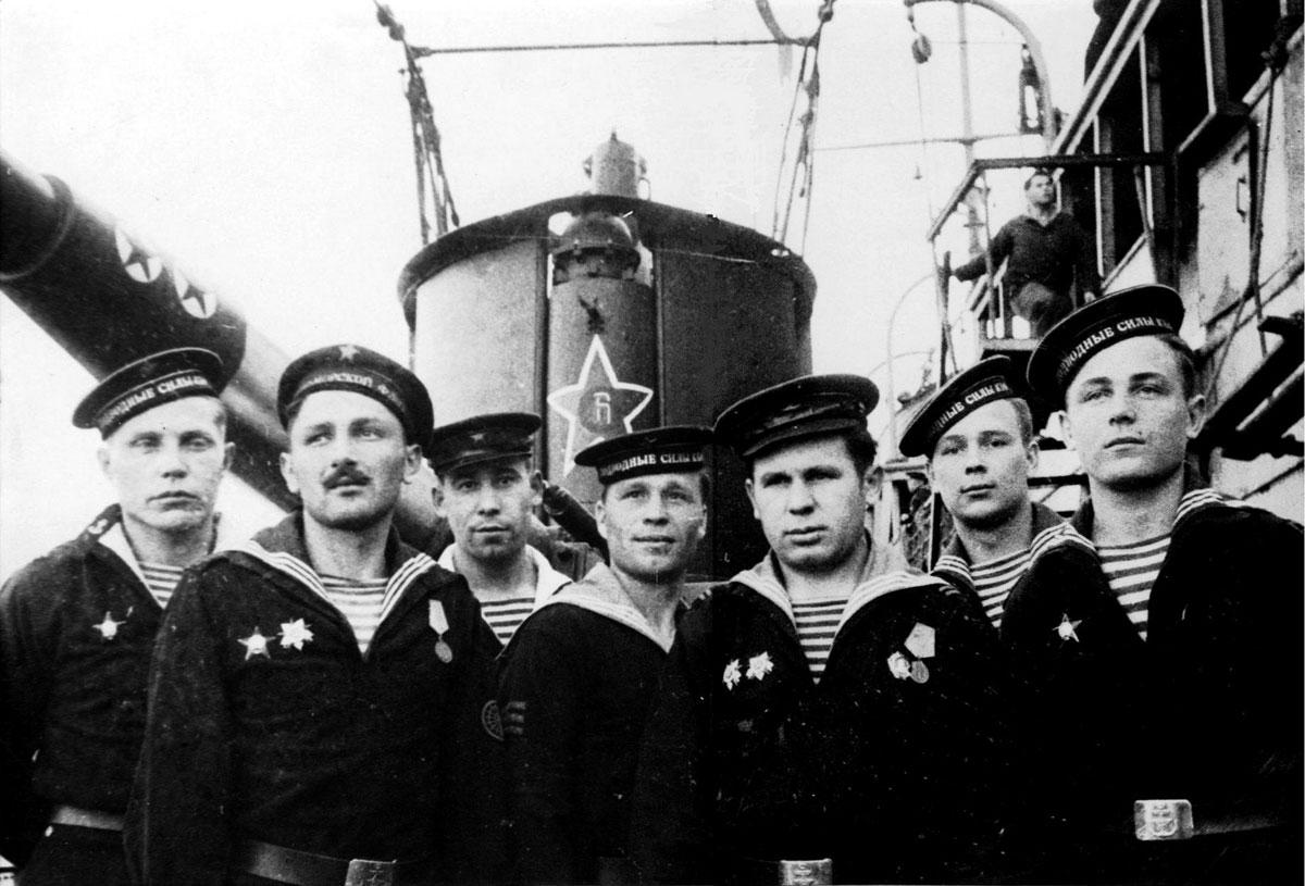 Картинки про моряков-подводников