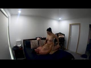 Неверная шлюшка-жена перед скрытой камерой