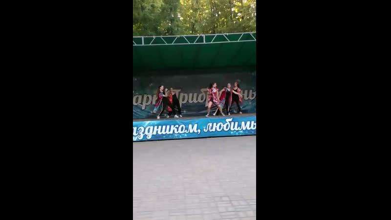 Video 9eab809eaac26a2996c4132bcf109e44